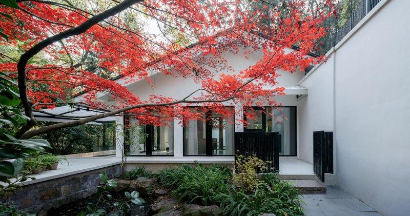 Vallie Villa Autumn