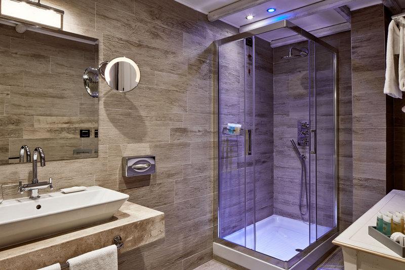 Bathroom Superior Sea View