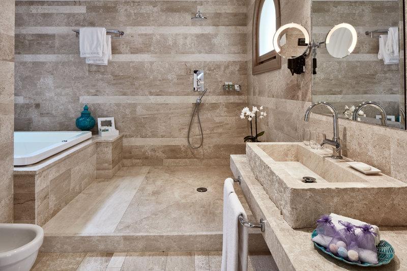 Bathroom Junior Suite