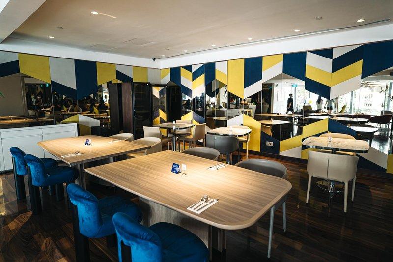 Florian Restaurant Interior