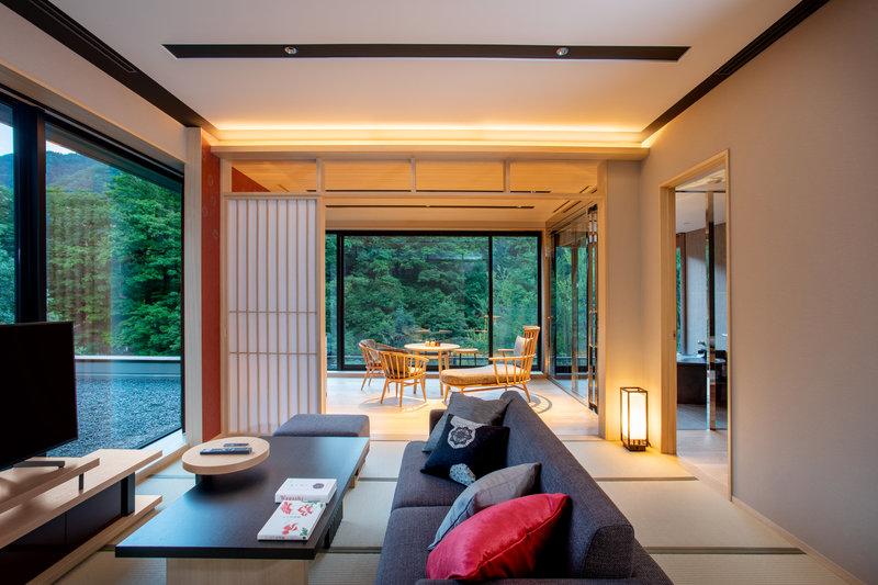 Deluxe Corner Suite Living Room