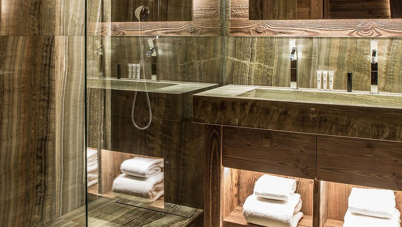 Orchidee Bathroom