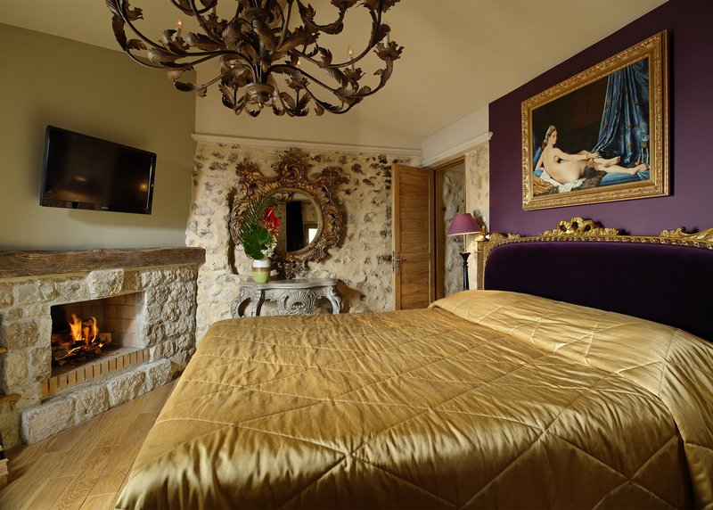 Junior Suite Village Bedroom